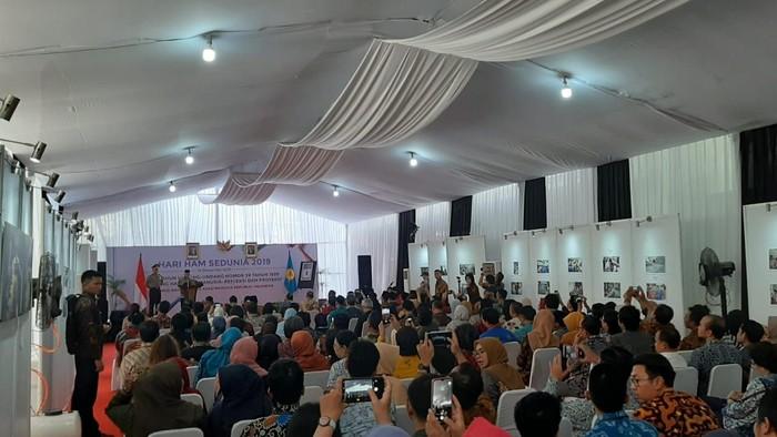 Foto: Maruf Amin hadiri acara peringatan Hari HAM di Komnas HAM (Lisye Sri Rahayu-detikcom)