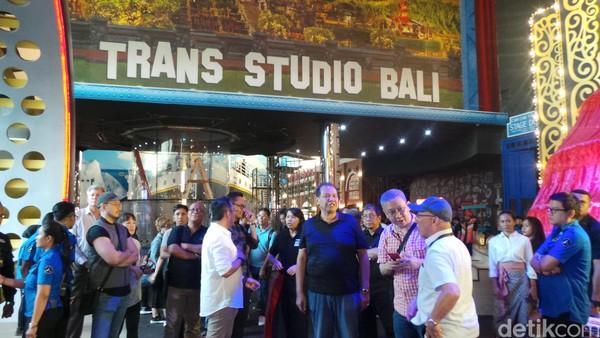 Trans Studio Bali segera hadir di tengah masyarakat Bali dan juga wisatawan. Taman rekreasi indoor berkelas dunia ini akan dibuka 12 Desember mendatang dan menjadi salah satu daya tarik wisata di Bali (Foto: Wahyu/detikcom)