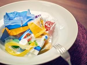 Ini 5 Makanan Mengandung Plastik yang Bikin Heboh