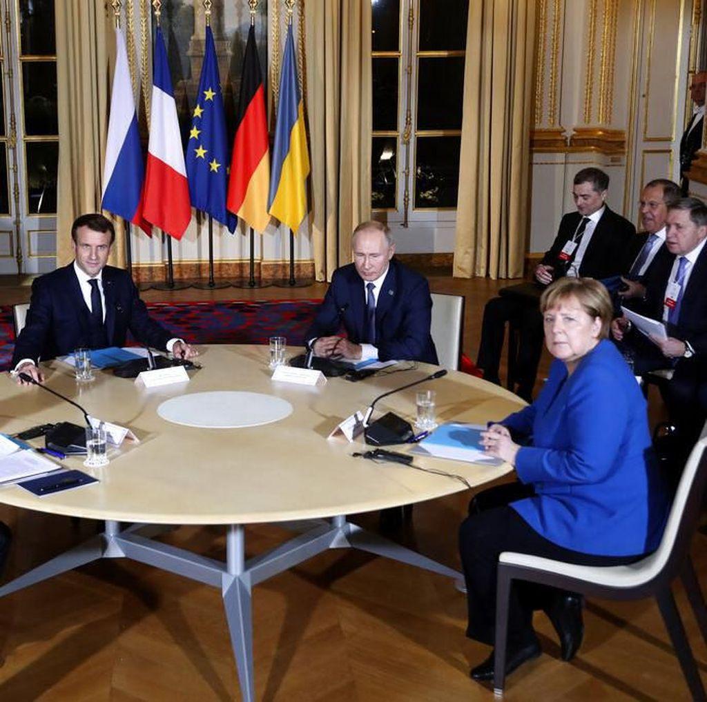 Putin dan Presiden Ukraina Bertemu untuk Pertama Kali di Paris