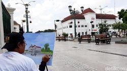 Saat Ratusan Seniman Melukis di Titik Nol Kilometer Yogyakarta