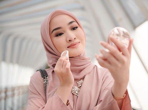 Tutorial Makeup Natural dari 6 Beauty Vlogger, Pas untuk Pemula