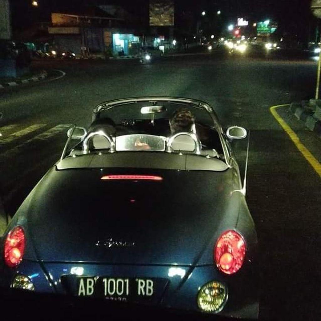 Penjelasan Sopir Travel Soal Viral Mobil Mewah Ugal-ugalan