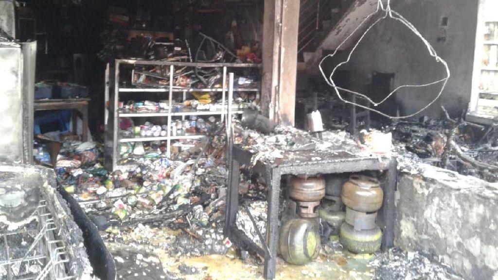 Rumah Penambal Ban di Jepara Terbakar