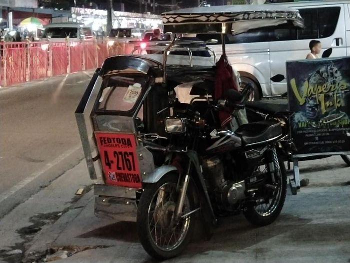 Tricycle bisa diandalkan untuk menuju venue SEA Games 2019 di New Clark City. (Foto: Mercy Raya)
