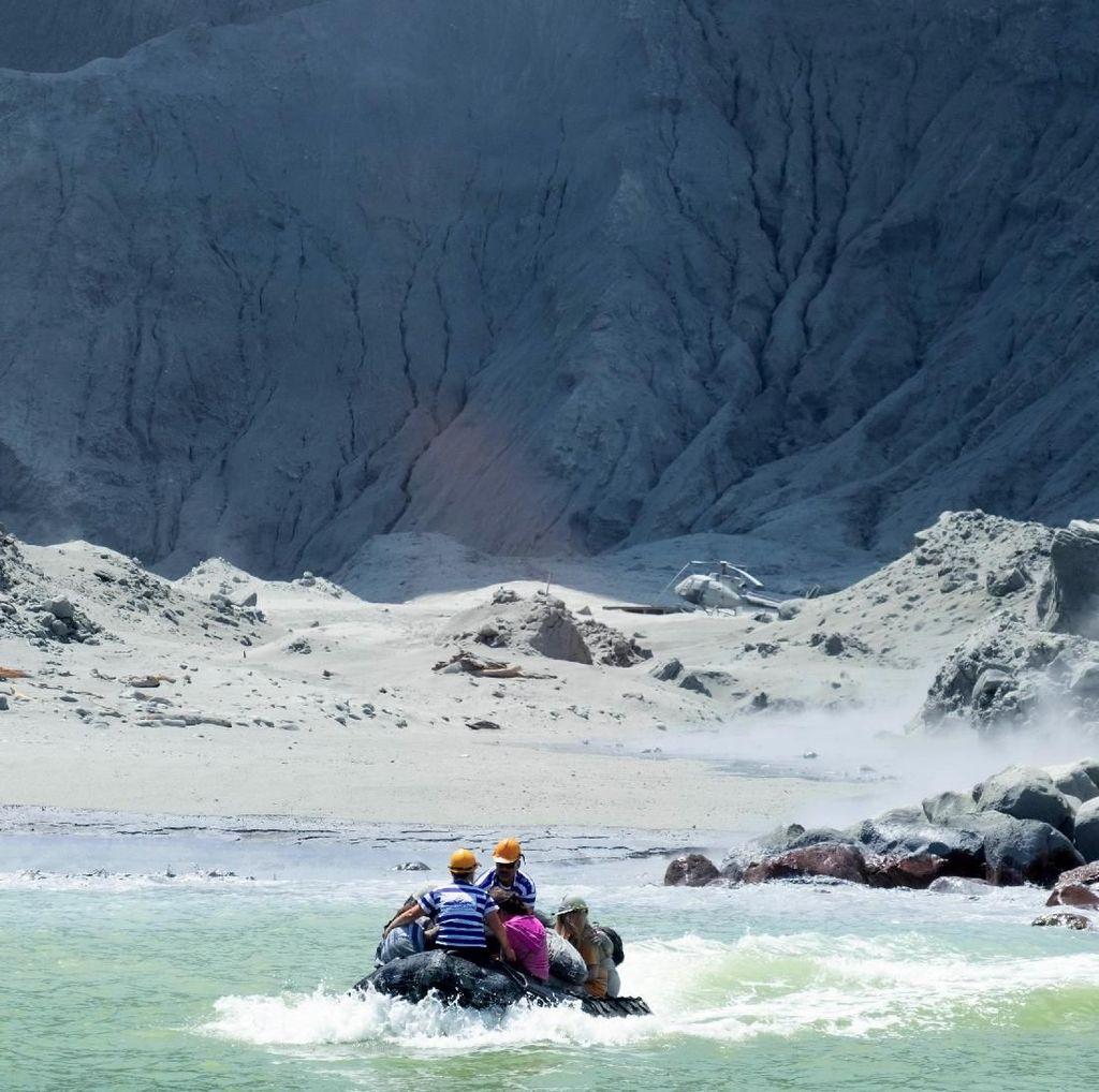 Erupsi Gunung Api Tewaskan 13 Orang, Polisi Selandia Baru Lakukan Penyelidikan