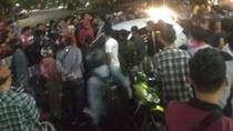 Diduga Cabuli Penumpang, Sopir Taksi Online di Malang Dihakimi Massa