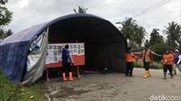Bupati Lima Puluh Kota, Irfendi Arbi mengatakan evakuasi korban menjadi prioritas selama masa tanggap darurat.