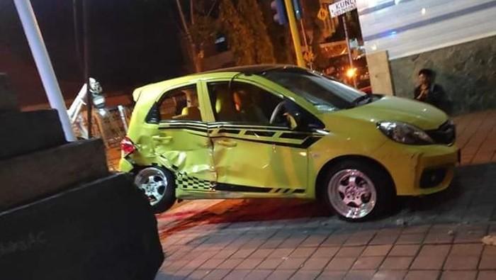 Kondisi Brio setelah kecelakaan (Foto: Istimewa)