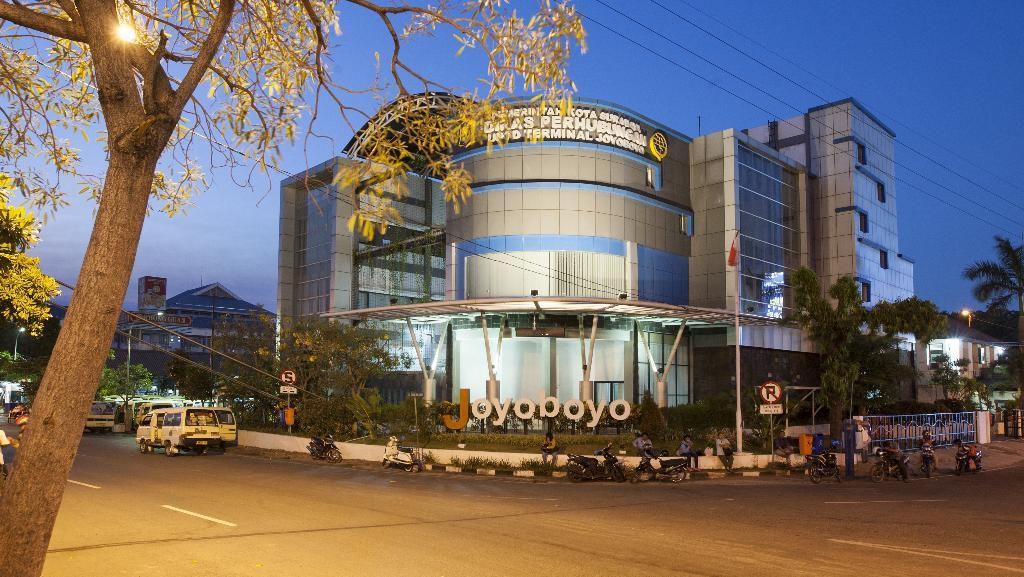 Terminal Joyoboyo akan Punya Gedung Parkir Green Building