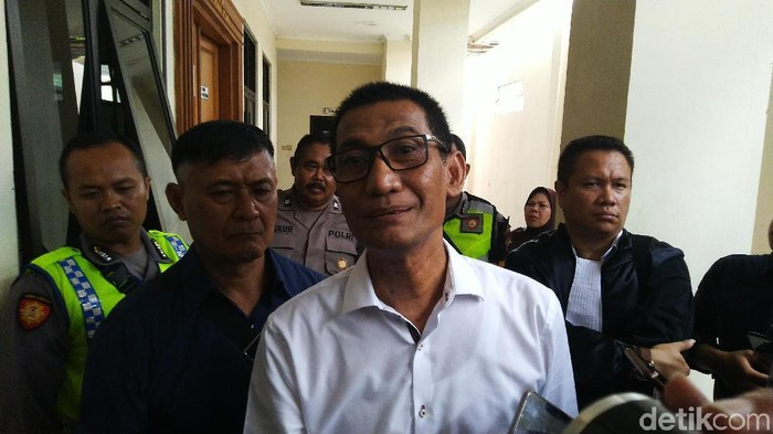 Sidang dakwaan Bupati M Tamzil