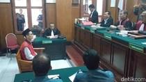 Disidang Kasus Pencabulan 7 Siswa, Kasek SMP di Surabaya Bantah Dakwaan