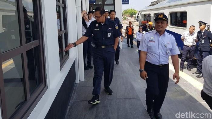 Dirut PT KAI melakukan inspeksi di Daop 7 (Foto: Erliana Riady)