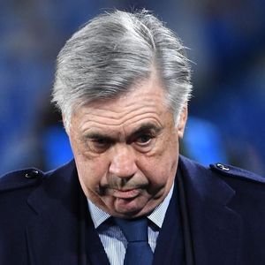 Napoli Resmi Pecat Carlo Ancelotti