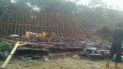 Hujan Disertai Angin Kencang di Rembang, 13 Desa Terdampak