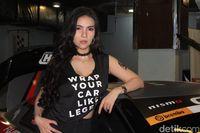 Meloon, Miss Bangkok yang Senang Mobil Bertenaga Besar