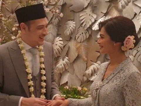 Potret Bahagia dan Haru di Pernikahan Cut Tari dan Richard Kevin