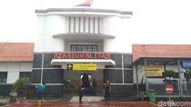 Enam KA dari Blitar Tujuan Jakarta-Bandung Dibatalkan Hingga 30 Juni