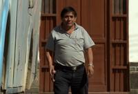 Glorious Albanieda adalah salah seorang supir bus yang melintasi jalur berbahaya di Pegunungan Andes. Bagi masyarakat desanya, dia disebut sebagai pahlawan (BBC)
