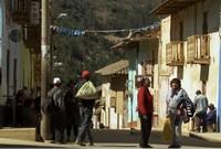 Rute bus tersebut ada di negara Peru. Bus akan berangkat dari bagian selatan Peru seperti dari Desa Chachabamba ke Kota Lima, ibu kota negara Peru (BBC)