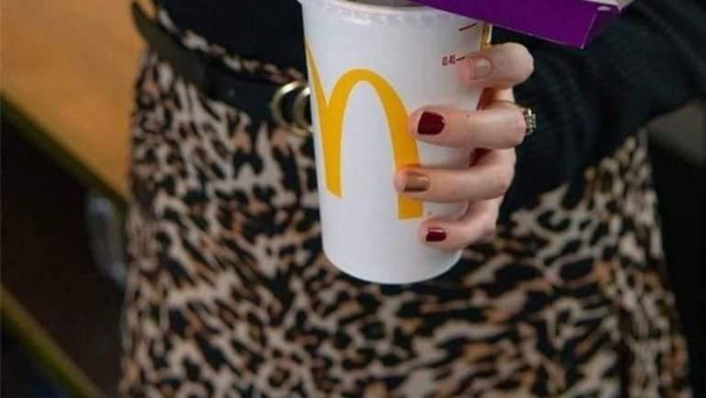 Cara Praktis Makan Fast Food Tanpa Repot dan Berantakan