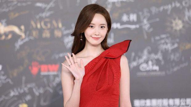 Absen 8 Tahun, Aktor Kawakan Hwang Jung Min Akan Main Drama Bareng Yoona