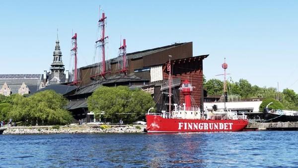 Kapal suar Finngrundet yang diletakkan di depan museum pada tahun 1903. (iStock)