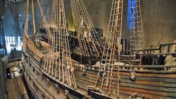 Dulunya, vasa merupakan kapal perang berteknologi paling tinggi di dunia. Kapal dibangun sepanjang 68 km dengan senjata yang lengkap. (BBC)