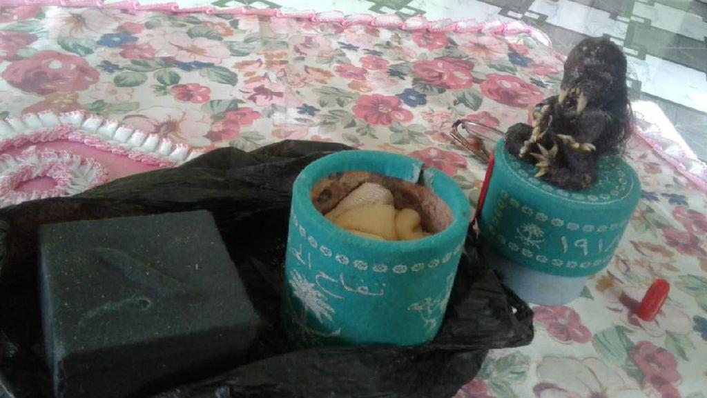 Penemuan Jenglot di Mulut Gua Gegerkan Warga Pangandaran