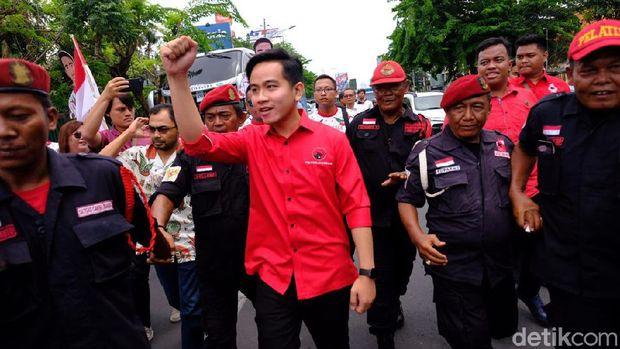 Cara Jokowi Tepis Dinasti Politik Gibran-Bobby