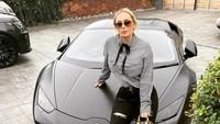 Model Dihujat, Blak-blakan Beli Lamborghini Rp 3,6 M dari Jual Foto Syur
