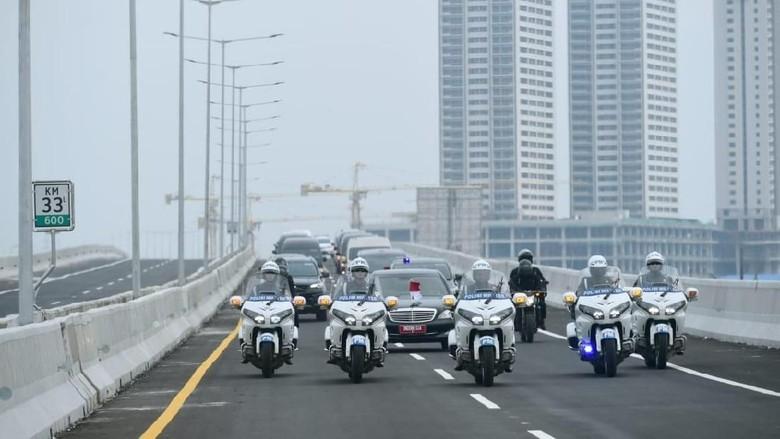 Presiden meninjau Tol Layang Jakarta-Cikampek Foto: dok. Istimewa