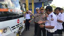 Petugas Gabungan di Trenggalek Cek Angkutan Umum Jelang Nataru