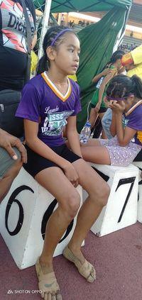 Haru! Gadis 11 Tahun Bikin Sepatu Lari 'Nike' dari Perban Raih 3 Medali