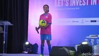 Potret 6 Wanita yang Dobrak Stereotip, Kapten Bola Hingga Direktur Konstruksi