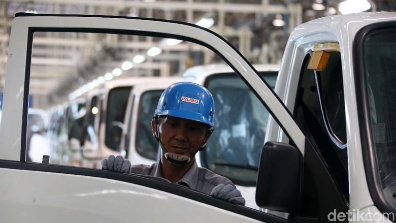 Ekspor perdana Isuzu Traga baru saja diresmikan. Mobil ini dirakit di pabrik Isuzu Karawang Plant, Jawa Barat. Yuk lihat prosesnya.
