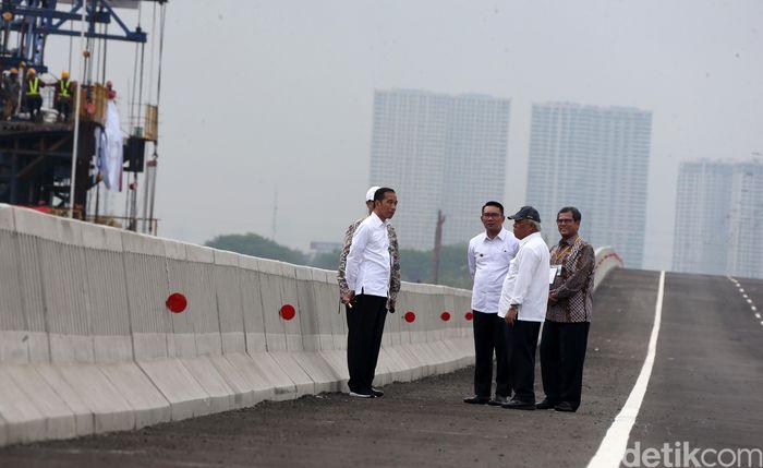 Presiden Jokowi akhirnya meresmikan tol Jakarta-Cikampek II (Elevated) atau tol Japek Layang sepanjang 36,4 kilometer (km) hari ini, Kamis (12/12/2019).