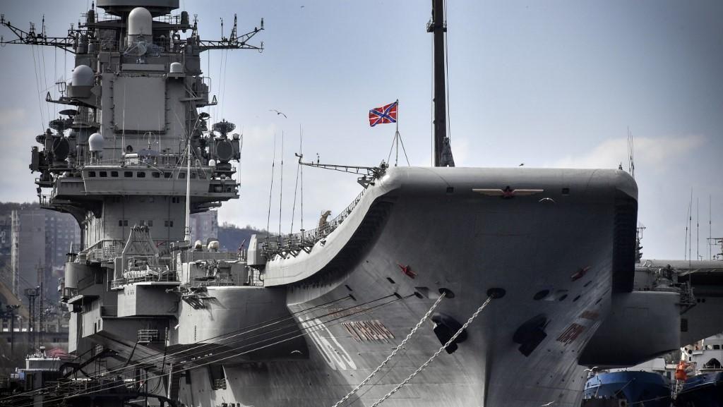 Video Admiral Kuznetsov Kapal Induk Rusia Terbakar
