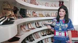 Beda Gaya Liburan Kim dan Kourtney Kardashian di Bali