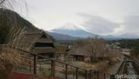 Desa Penyembuh di Kaki Gunung Fuji