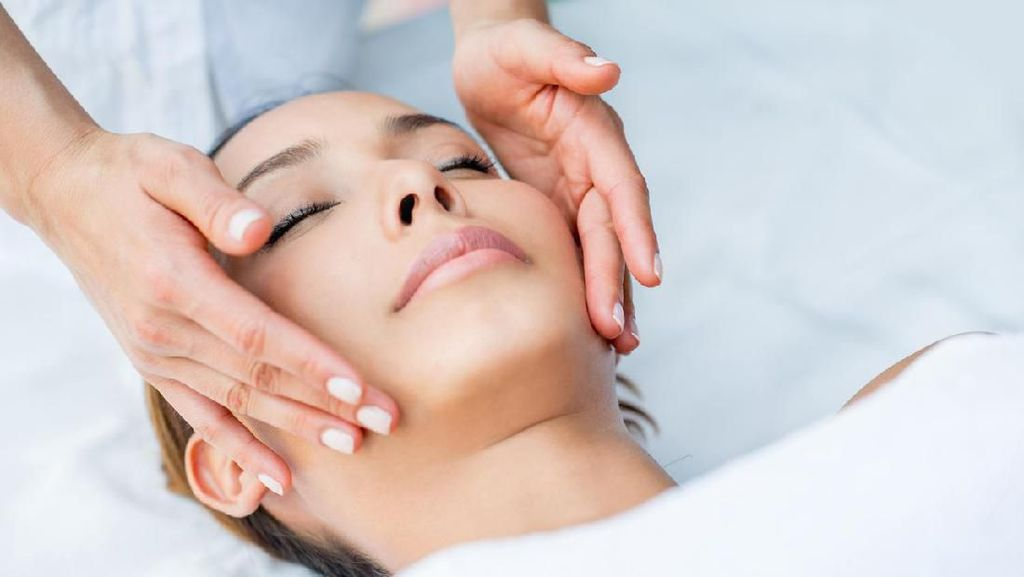 Review: Mencoba Facial 10 Tahap, Red Carpet Oxygen Facial