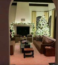 Mengintip Dekorasi Natal di Rumah Rp 118 Miliar Kendall Jenner