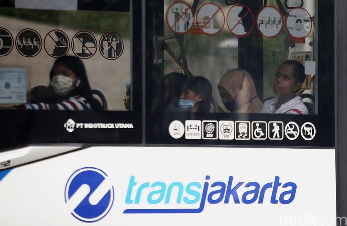 Pemprov DKI Jakarta memotong subsidi untuk transportasi dalam rencana anggaran 2020. Namun pemotongan subsidi transportasi itu tidak berpengaruh pada tarif.