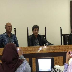 Video KPPU Periksa 7 Maskapai Terkait Mahalnya Tiket Pesawat
