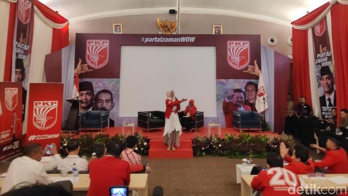 Stafsus milenial Jokowi, Angkie Yudistia, menghadiri Bimtek Nasional PKPI. (Matius Alfons/detikcom)