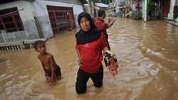469 Orang Mengungsi Akibat Banjir di Solok Selatan Sumbar