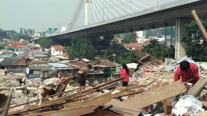 Puing-puing rumah warga yang nantinya akan dibangun Rumah Deret Tamansari, Kota Bandung.