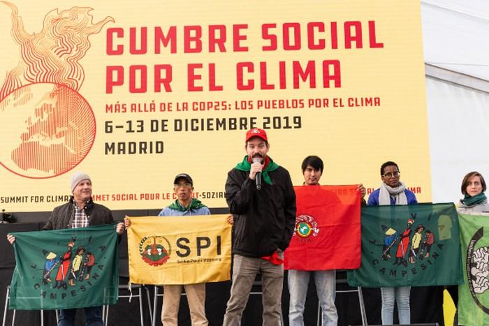 Petani seluruh dunia menghadiri COP-25 di Madrid menuntut keadilan iklim