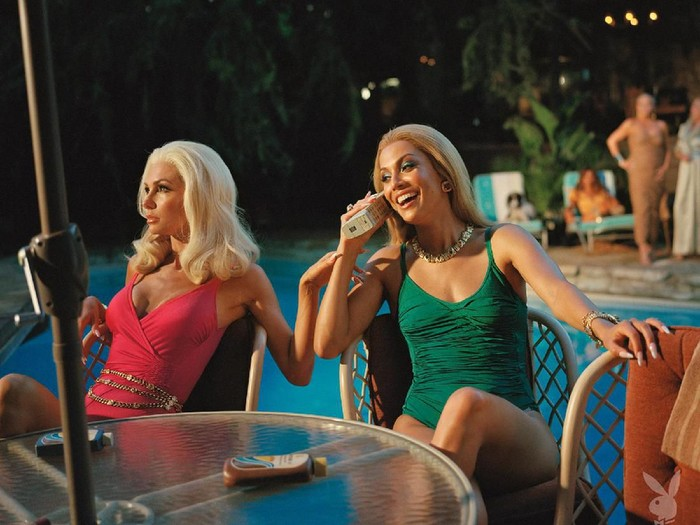 Foto: Dok. Playboy/Nadia Lee CohenDi edisi spesialnya, Playboy menghadirkan kembali lima model veteran tahun 1963 - 2013. (Foto: Dok. Playboy/Nadia Lee Cohen)