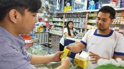 Orang Filipina Minum Tolak Angin, Gimana Ya Reaksinya?